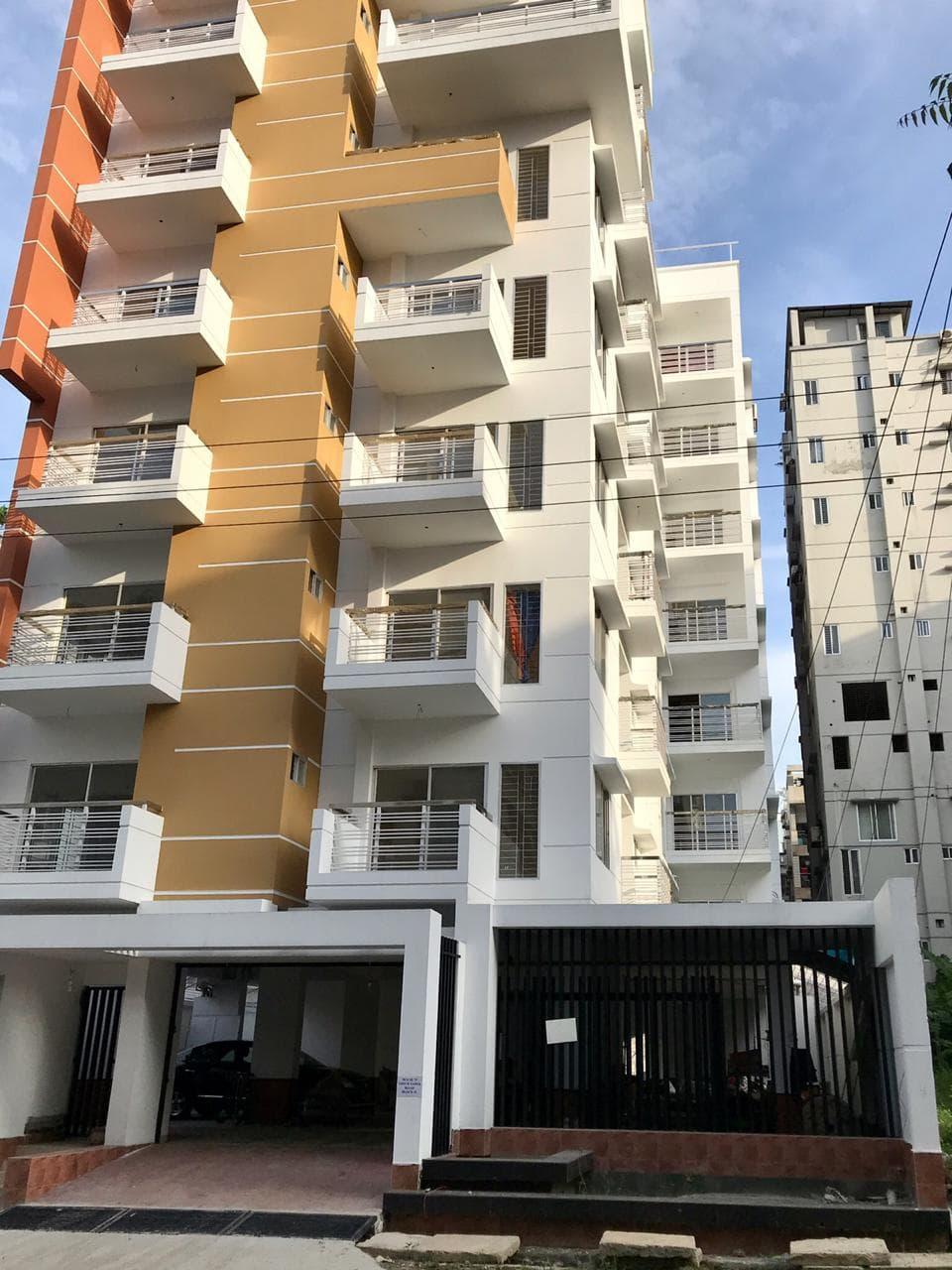1671sft 5th floor very Luxurious residential Apt 3bed 3bath lift 1park Brand new apt
