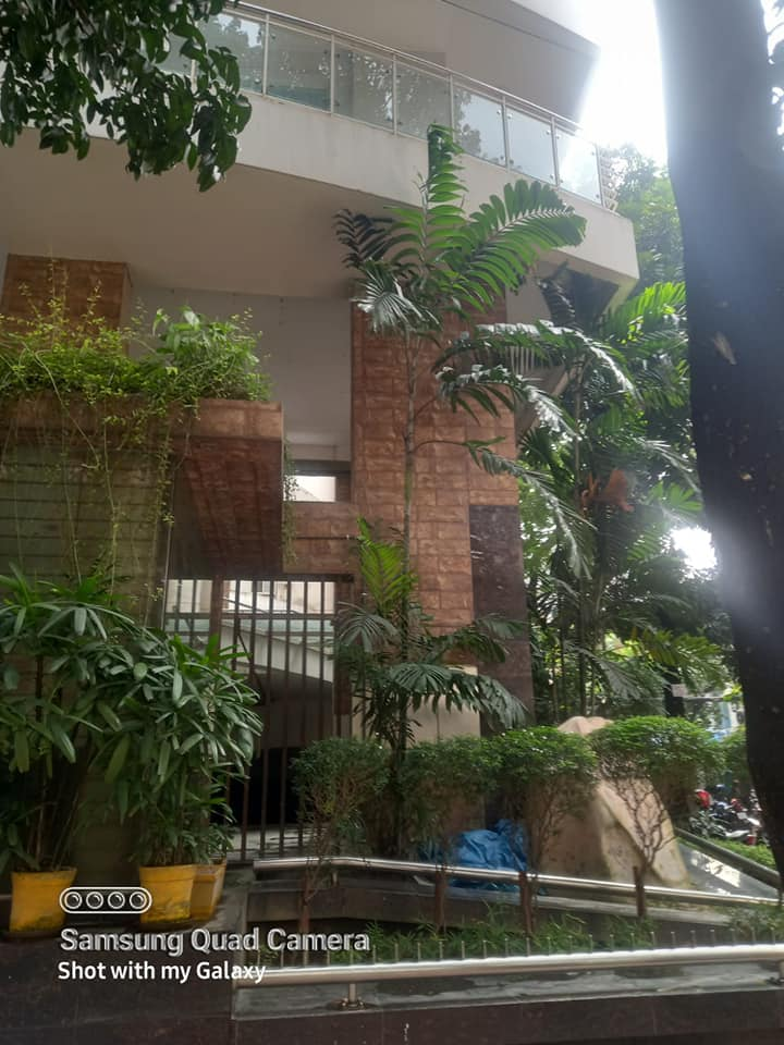 2650 luxurious apt 5th floor Banani north for rent 2lift, 2parking 3bed,3baths